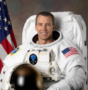 Today Queens University Alumnus Andrew Feustel Left Returns To Campus Talk About His Career As A NASA Astronaut