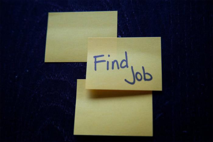 Find Job post-it note