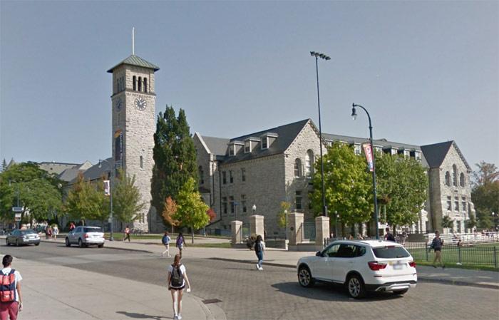 Queen's University Grant Hall