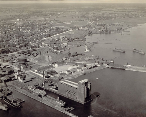Kingston's Inner harbour, 1925