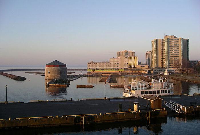 Scenic Kingston waterfront