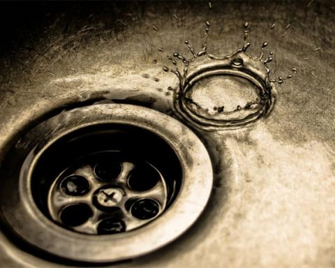 Sink drain